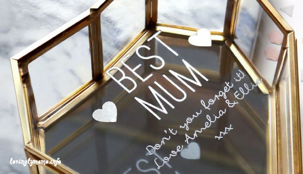 personalized mommy jewelry - Mother's Day gift suggestions - best mum jewelry box