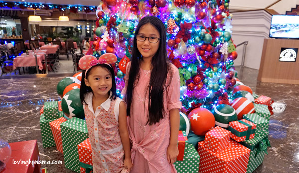 L'Fisher Hotel Bacolod - Bacolod hotels - Christmas Tree of Hope - charity - Christmas - Bacolod blogger - Bacolod mommy blogger - holiday buffet - sisters