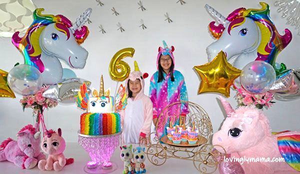 unicorn girl - unicorn onesies- unicorn cake - rainbow unicorn cake - unicorn cupcakes - 6th birthday pictorial - Bacolod Cupcake Cafe - unicorn foil balloons - Bacolod mommy blogger - birthday party