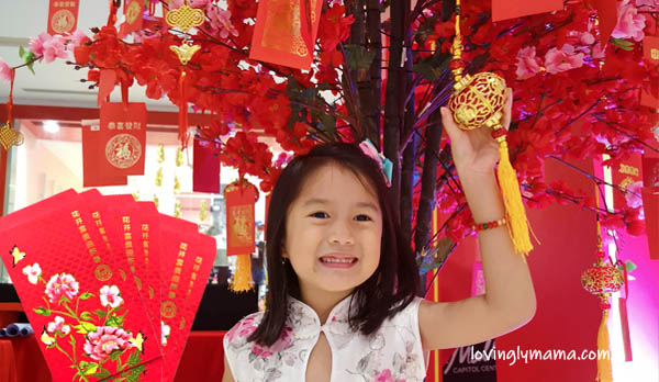 https://www.lovinglymama.com/why-the-chinese-give-red-envelope-gifts-ang-pow-for-chinese-new-year/