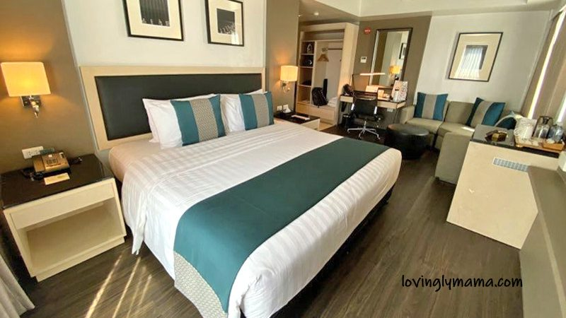 seda capitol central bacolod premier room - bacolod blogger - staycation - family travel - king sized bed